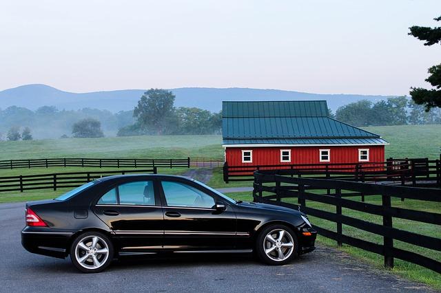auto u stodoly