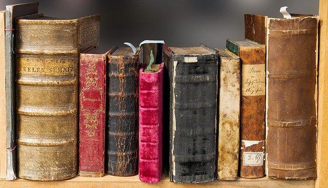 staré knížky.jpg